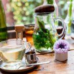 Tisana alla menta: proprietà e ricetta semplice